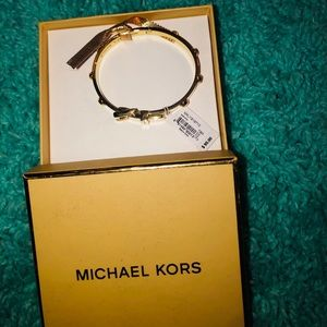 New Michael kors bracelet